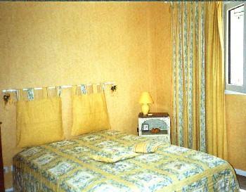 villa d 39 antibes ferienh user von privat. Black Bedroom Furniture Sets. Home Design Ideas